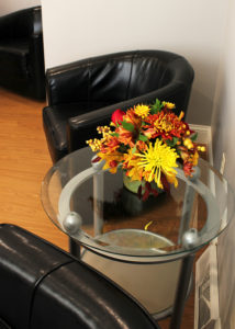 Waiting Area Flowers | McLean County Dental